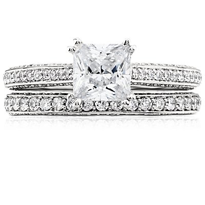 Anillo de eternidad con triple micropavé de diamantes en platino (4/5 qt. total)