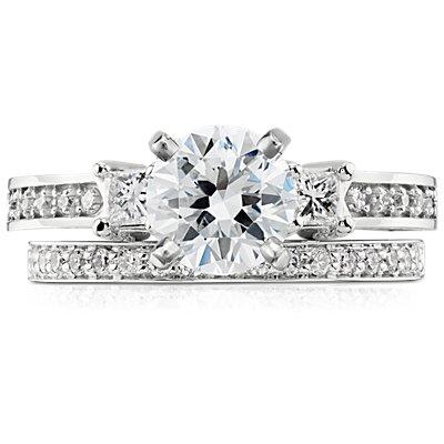 Bague en diamants sertis pavé cathédrale en or blanc 14carats (1/5carat, poids total)