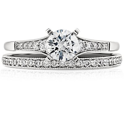 Heirloom Petite Pavé Diamond Ring in Platinum (1/8 ct. tw.)