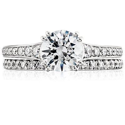 Bague d'éternité diamants sertis pavé français en platine (3/8carats, poids total)
