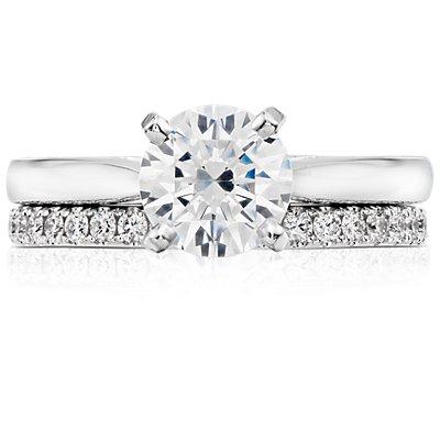 Bague d'éternité diamants sertis pavé petite taille en platine