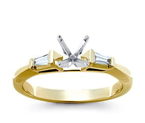 Classic Tapered Four Claw Engagement Ring in 14k White Gold
