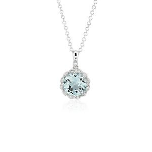 NEW Aquamarine and Diamond Milgrain Halo Pendant Necklace in oro blanco de 14 k (8 mm)