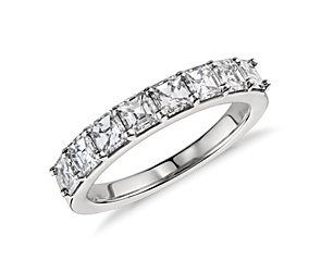 Asscher Cut Diamond Ring in Platinum (1.25 ct. tw.)