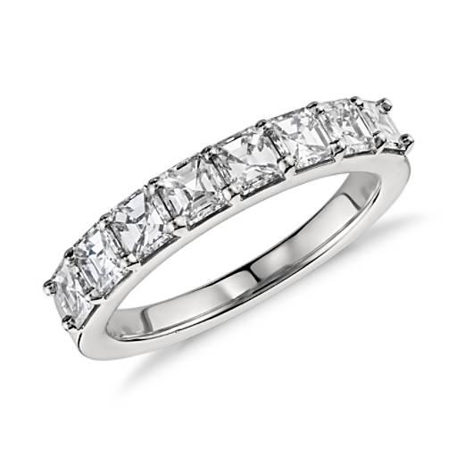 Asscher-Cut Diamond Ring in Platinum (1.25 ct. tw.)