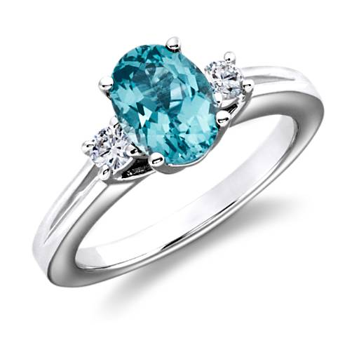 Blue Topaz and Diamond Ring in 18k White Gold (8x6mm)