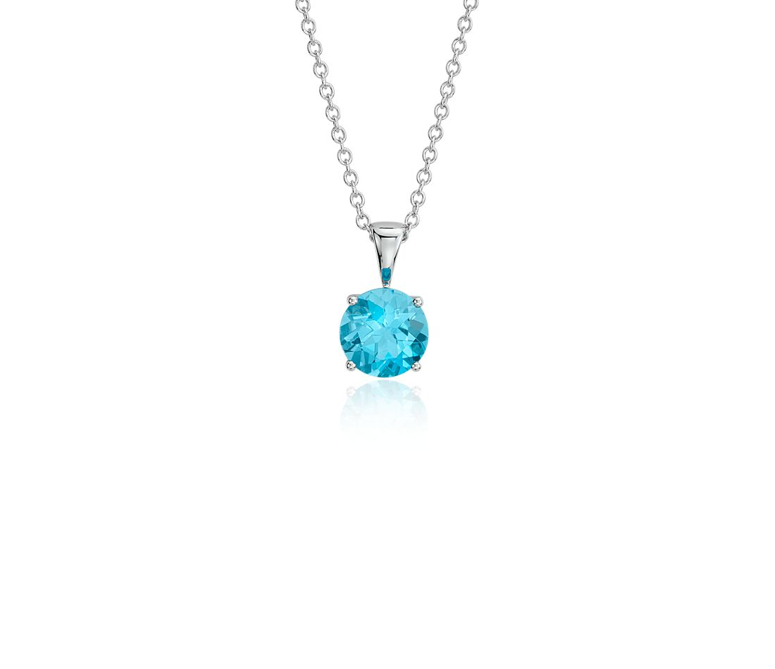 blue topaz solitaire pendant in 18k white gold 7mm