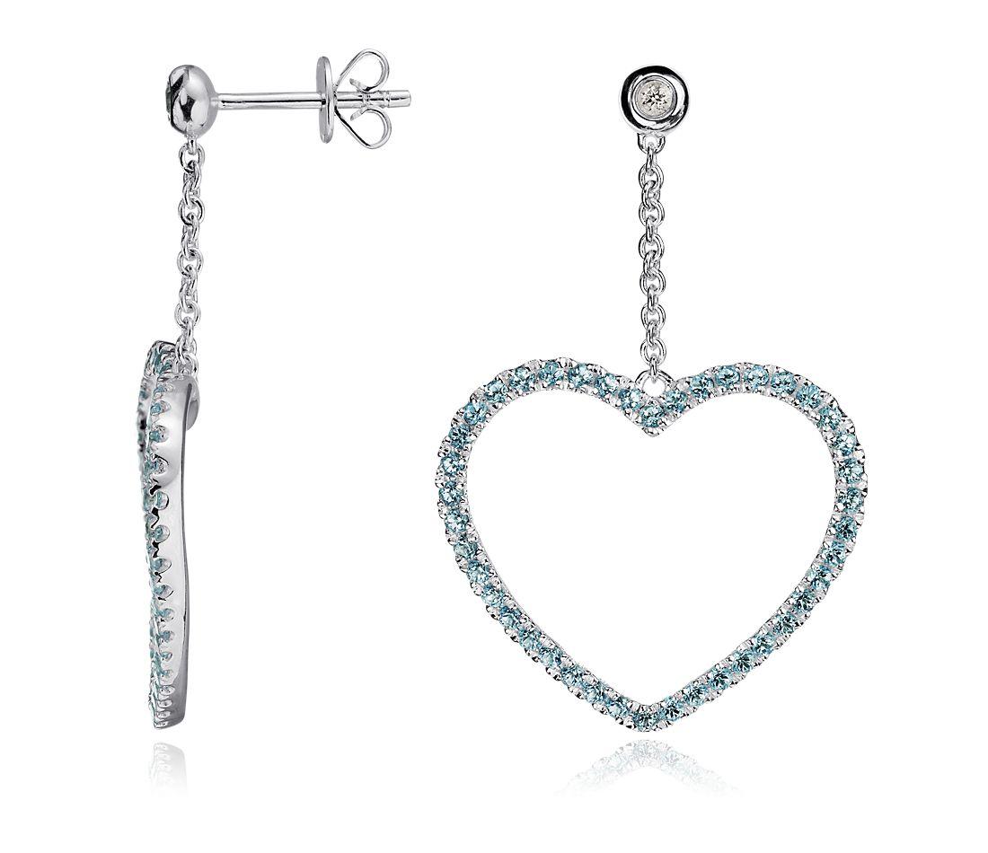 Aretes con adorno de corazón de topacio azul en plata de ley
