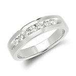 Anillo de diamantes con montura de canal en oro blanco de 14 k (1/2 qt. total)
