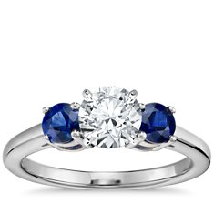 Classic Sapphire Engagement Ring in 18k White Gold