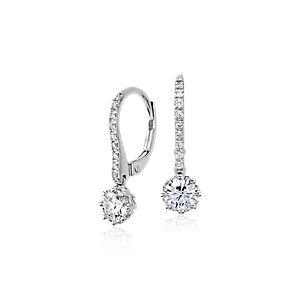 Aretes colgantes de diamantes de Colin Cowie en oro blanco de 14k (3/4 qt. total)