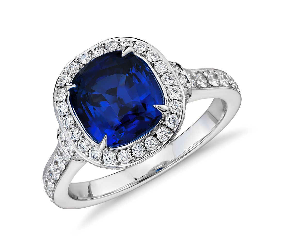 Cushion-Cut Sapphire and Diamond Halo Ring in 18k White Gold (3.08 ct center)