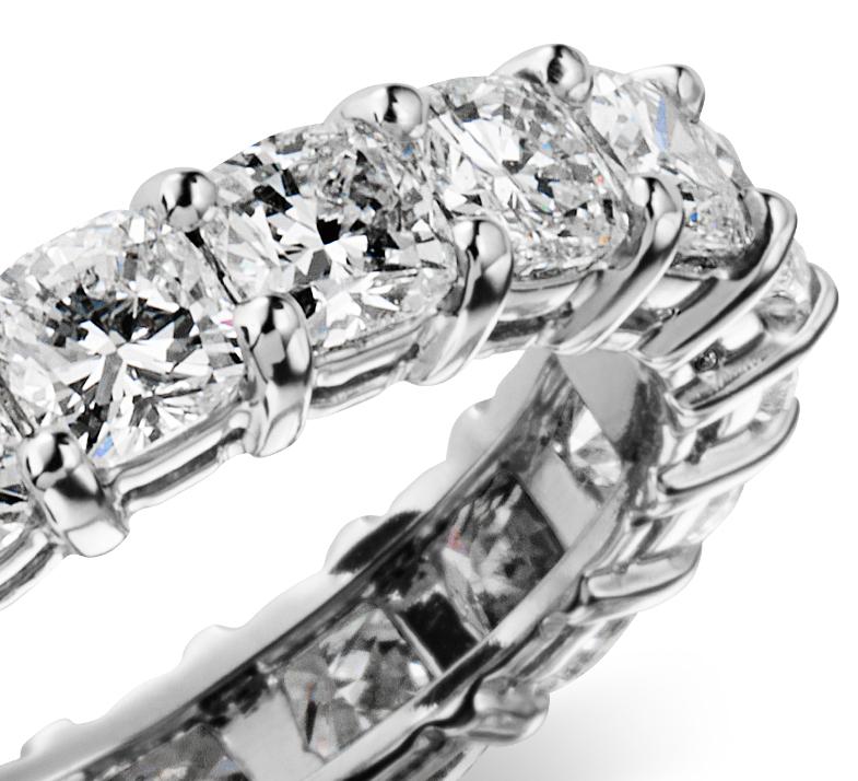 Cushion Cut Diamond Eternity Ring in Platinum (4 ct. tw.)