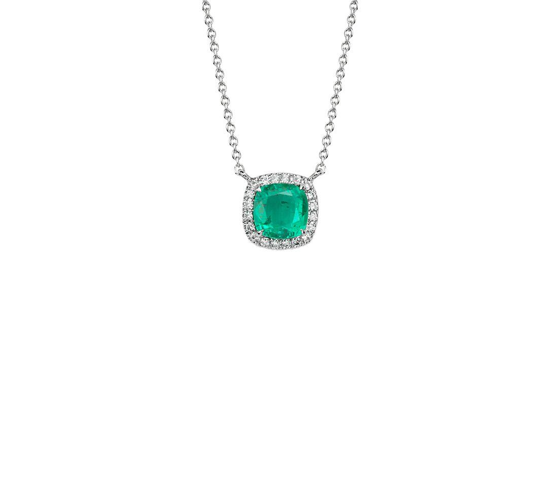 Colgante de diamante y esmeralda de talla cojín en oro blanco de 18 k 6x6mm
