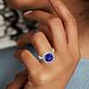 Bague en diamants sertis micro-pavé et tanzanite en or blanc 18 carats (4,76 ct au centre) (9x9 mm)