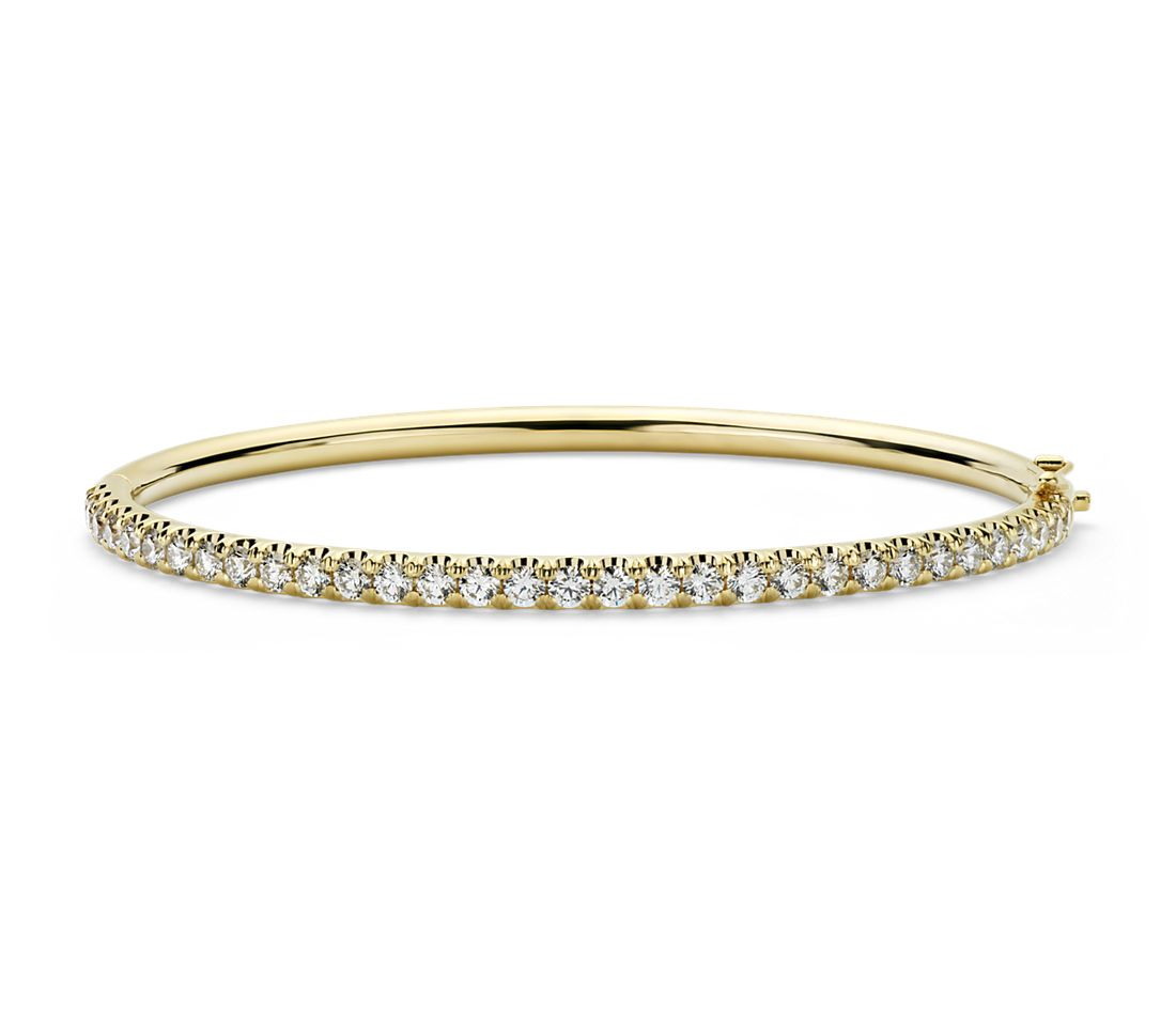 Pavé Diamond Hinged Bangle in 18k Yellow Gold (2.53 ct. tw.)