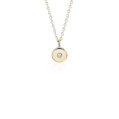 Colgante con dije de piedra de nacimiento de diamante pequeño en oro amarillo de 14k - Abril (2mm)