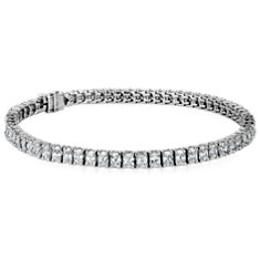 Radiant-Cut Diamond Bracelet in Platinum (7.36 ct. tw.)