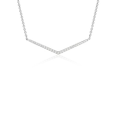 NOUVEAU Petit collier en diamants chevron en or blanc 14 carats