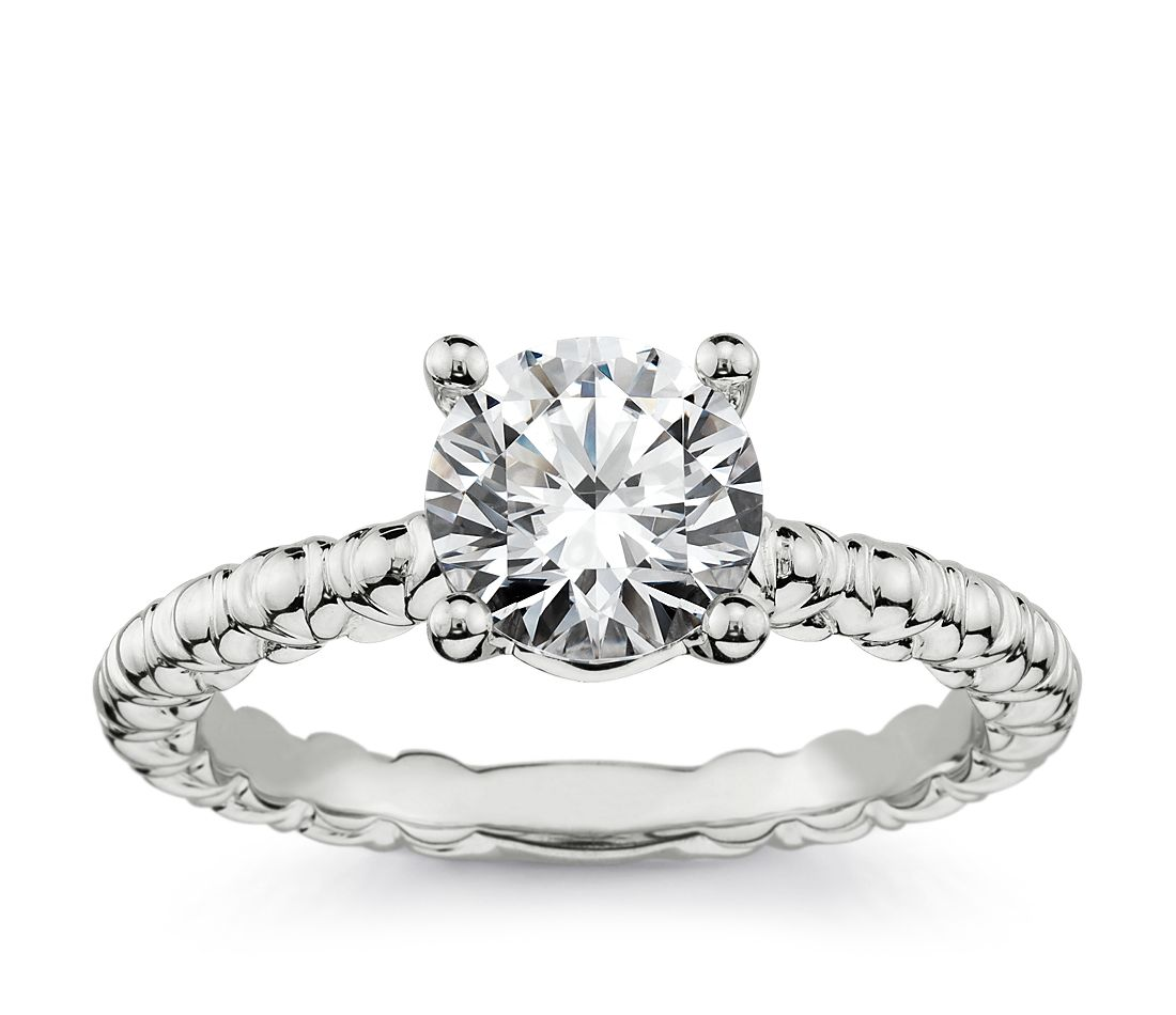 Flora Vida(TM) Solitaire Engagement Ring in Platinum