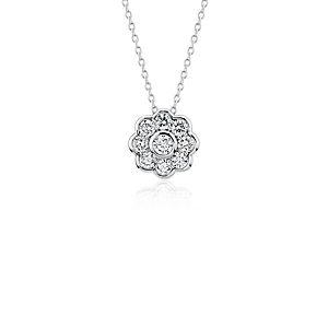 NOUVEAU Pendentif floral en diamant Blue Nile Studio en or blanc 18carats (3/4carat, poids total)