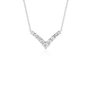 Collier V en diamants en or blanc 14 carats (1/2 carat, poids total)
