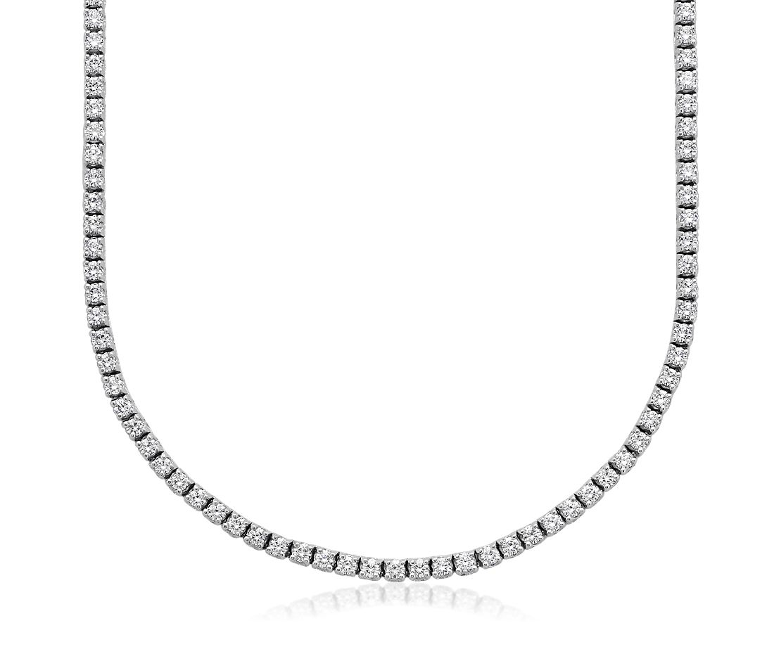 Collar de eternidad de diamante en oro blanco de 18 k (5 qt. total)