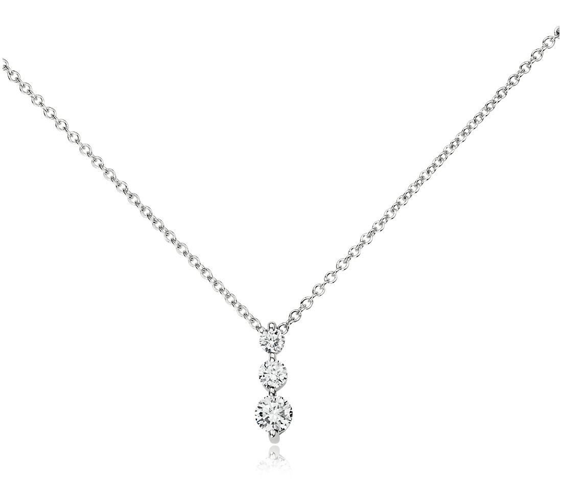 Three-Stone Drop Diamond Pendant in 18k White Gold (1/3 ct. tw.)