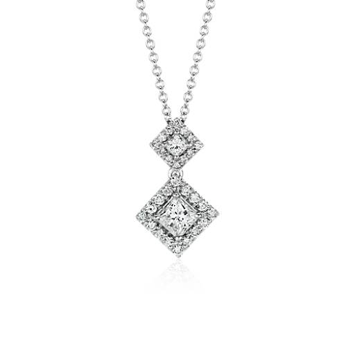 Colgante con halo de diamantes de talla princesa oro blanco de 14k (3/4 qt. total)