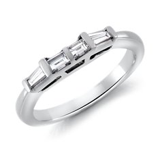 Tapered Baguette Diamond Ring in Platinum (1/3 ct. tw.)