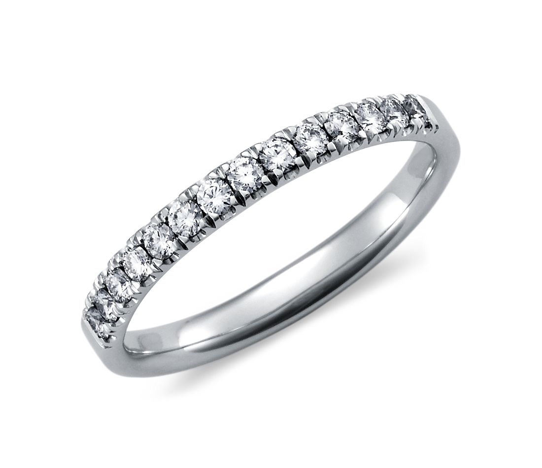 Pavé Diamond Ring in 18k White Gold (1/4 ct. tw.)