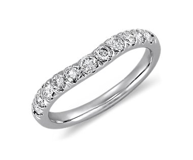 Curved Pav© Diamond Ring in 18k White Gold (1/2 ct. tw.)