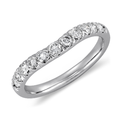 Curved Pavé Diamond Ring in 18k White Gold (1/2 ct. tw.)