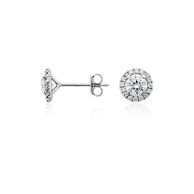 Puces d'oreilles halo de diamants en or blanc 18 carats