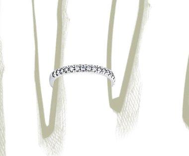 铂金新艺术密钉钻石戒指(1/3 克拉总重量)
