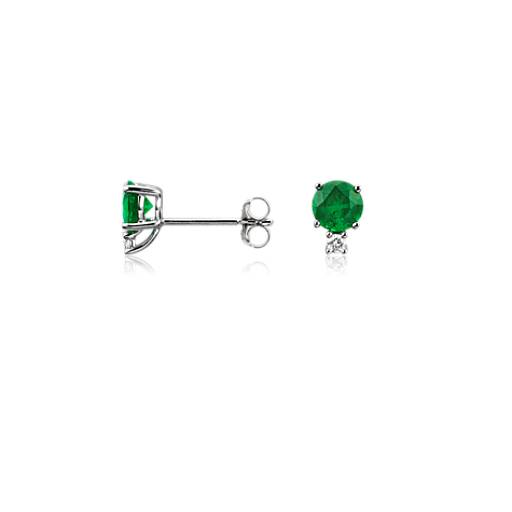 Emerald and Diamond Stud Earrings in 18k White Gold (5mm)