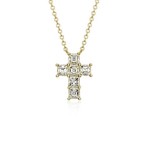 Croix pendentif diamant taille Assher en or jaune 18carats (2 1/10 ct. pt.)