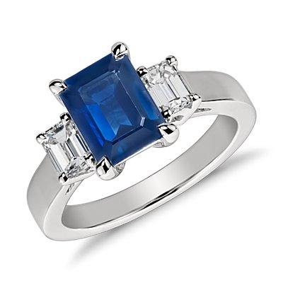 Bague diamant et saphir bleu taille émeraude en platine (8x6mm)