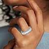 Anillo de eternidad de diamantes de talla esmeralda en platino (8,42 qt. total)