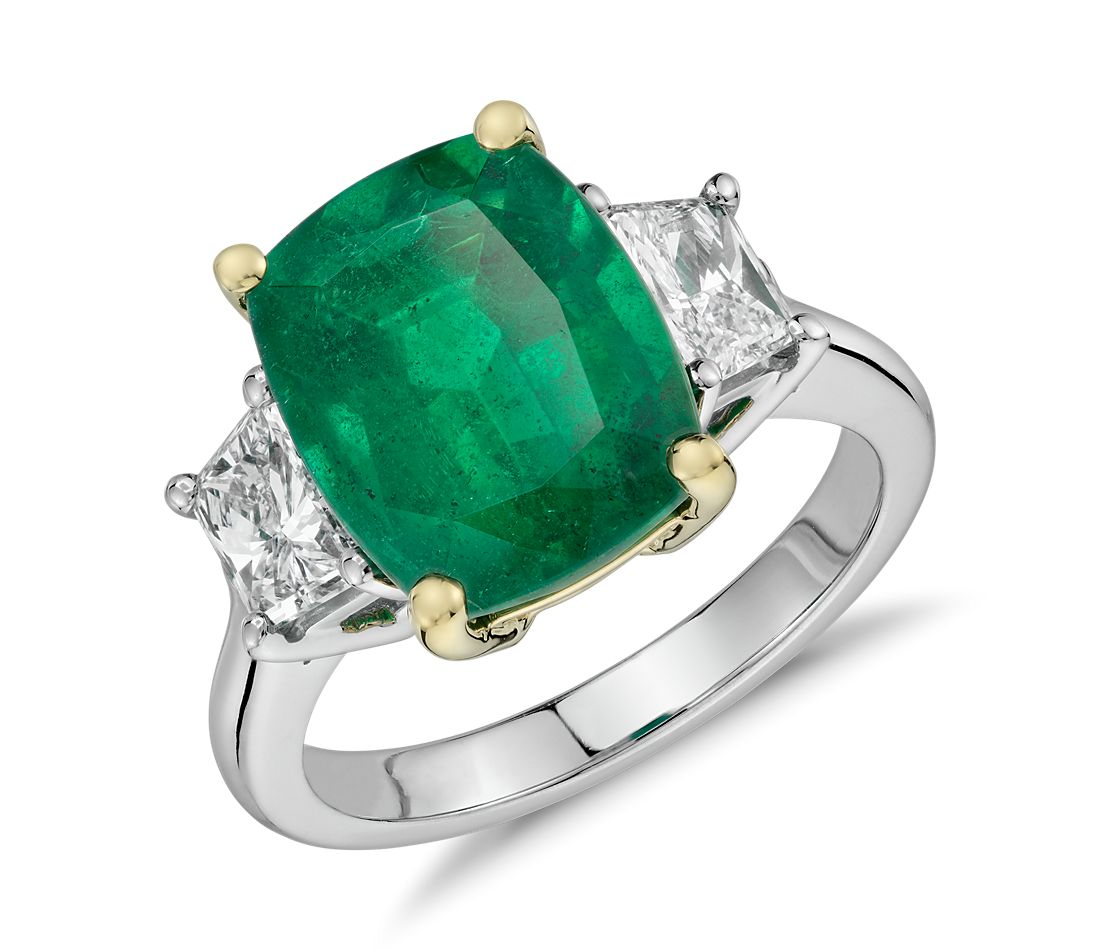 Cushion-Cut Emerald and Diamond Three-Stone Ring in Platinum and 18k Yellow Gold (4.90 ct center) (12x9.5mm)
