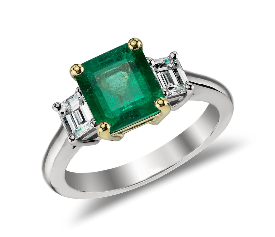 Emerald and Diamond Ring in 18k White and 18k Yellow Gold (8.5x7mm)