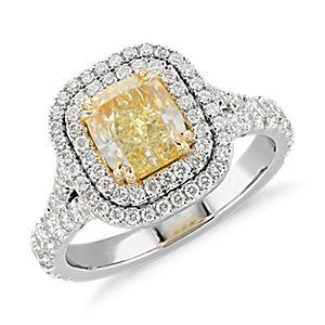 NOUVEAU Bague ornée d'un diamant taille coussin jaune fantaisie intense en platine et or jaune 18carats