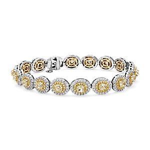 NUEVO. Brazalete con halo de diamantes amarillos fantasía, en oro blanco y amarillo de 18k (8,59 qt. total)