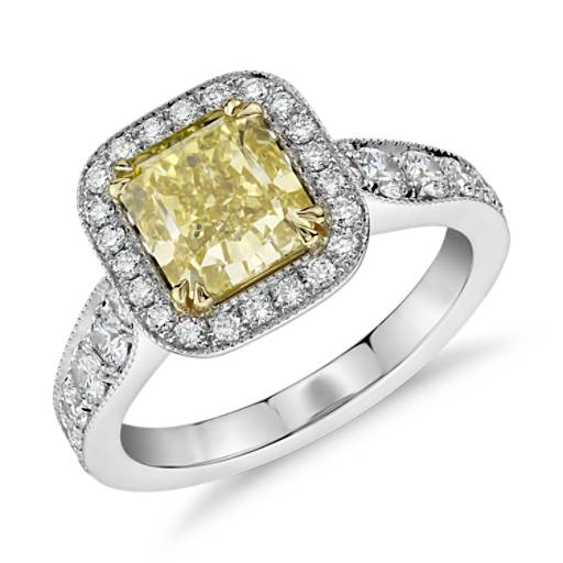 Bague halo diamant jaune fantaisie intense en platine et or jaune 18 carats (2,06 ct au centre)