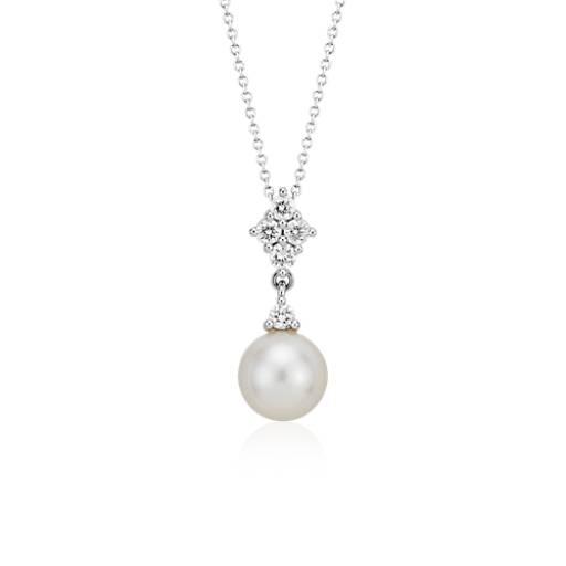Colgante de cuatro diamantes y perlas cultivada de agua dulce en oro blanco de 14 k (9mm)