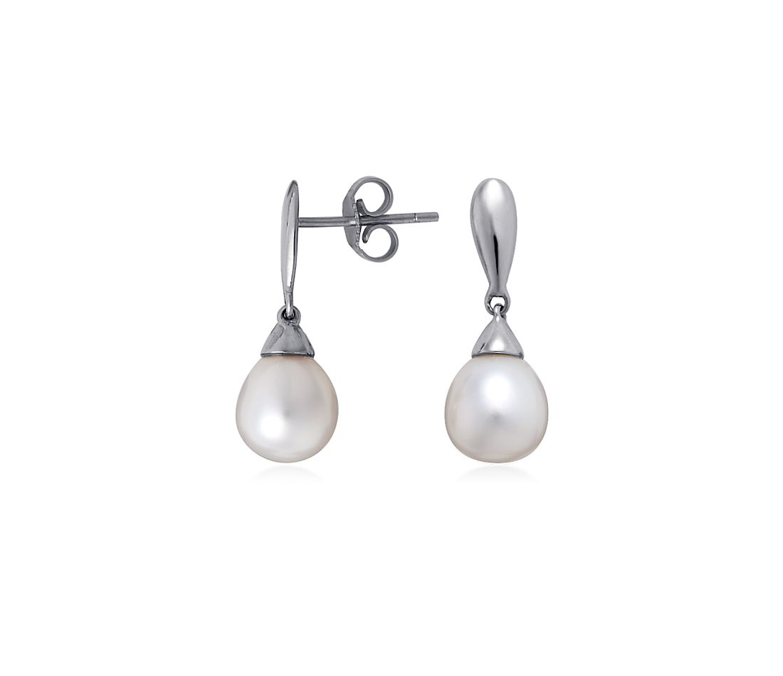 Freshwater Cultured Pearl Teardrop Earrings in 14k White Gold
