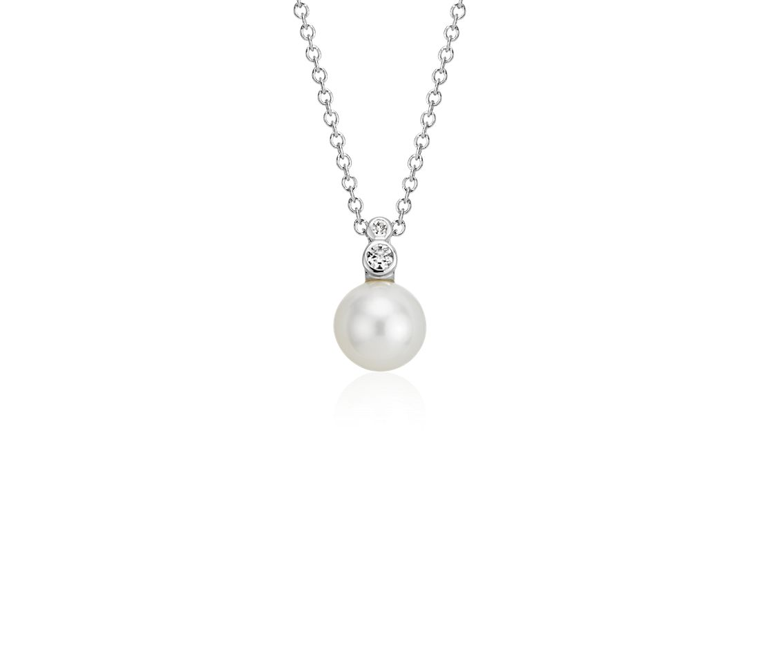 Freshwater Cultured Pearl and White Topaz Pendant in Sterling Silver