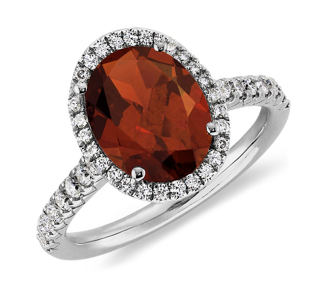 Garnet and Diamond Ring in 18k White Gold (10x8mm)