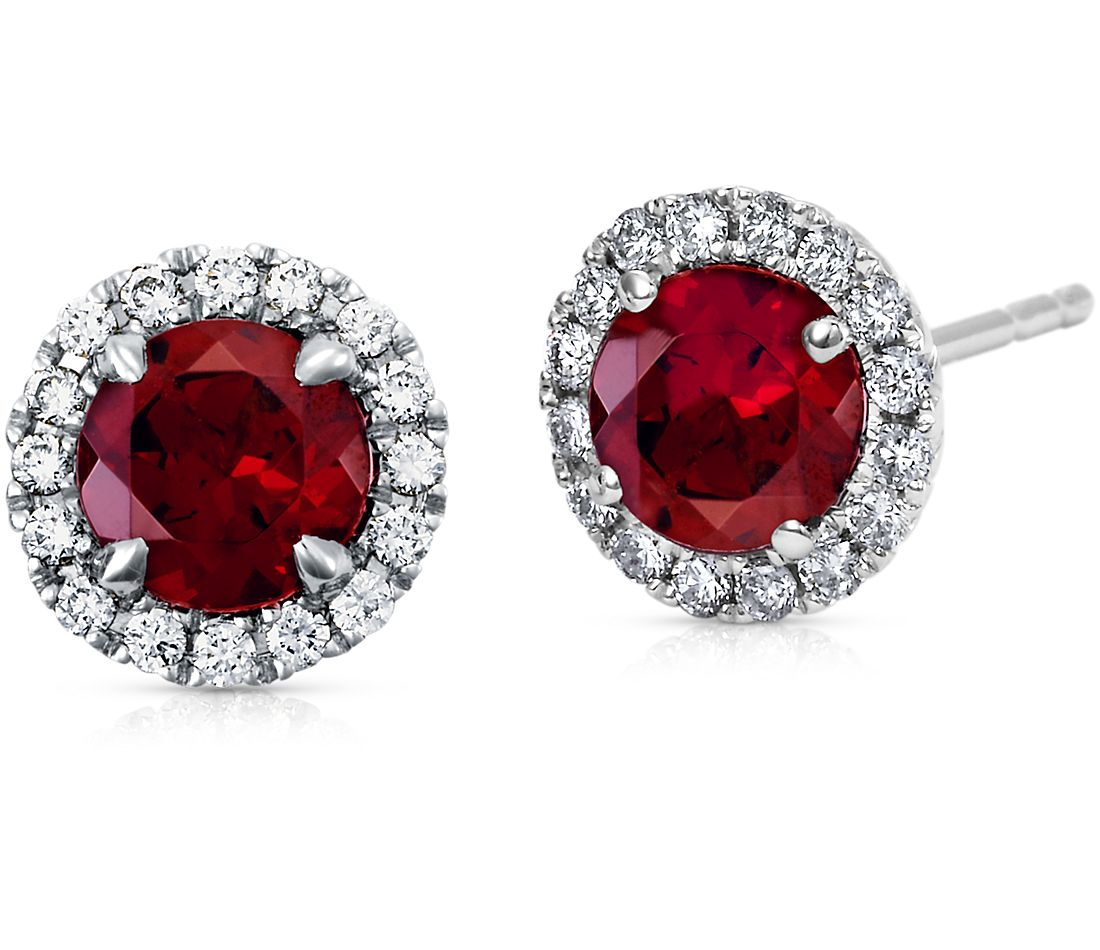 Garnet and Micropavé  Diamond Earrings in 18k White Gold (5mm)