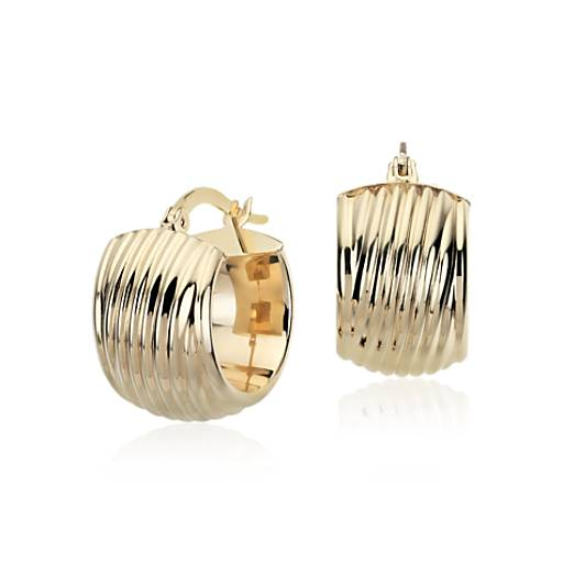Lined Hoop Earrings in 14k Yellow Gold